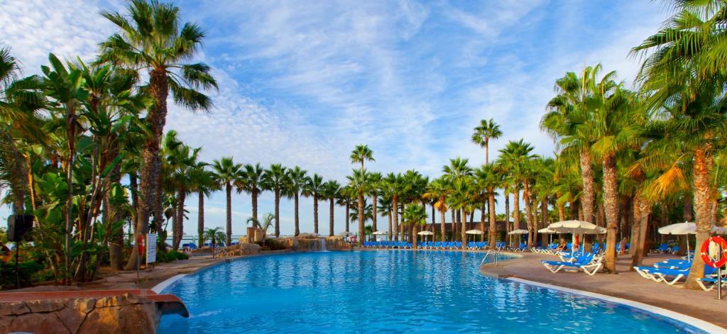 The swimming pool at or close to Marbella Playa Hotel