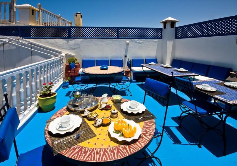 Restaurant ou autre lieu de restauration dans l'établissement Dar Nafoura-Mogador