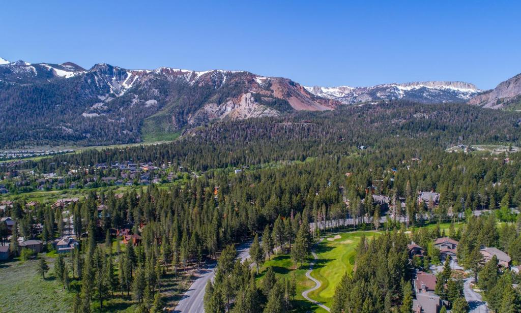 Mammoth Golf Properties By 101 Great Escapes