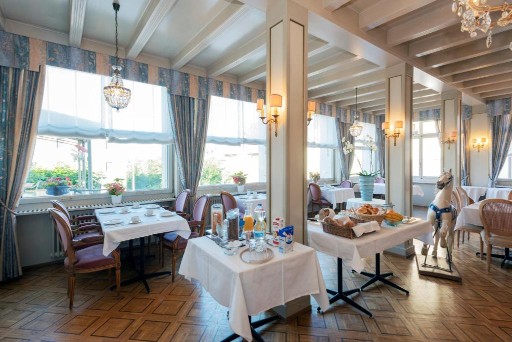 Hotel du Cheval-Blanc Saint-Blaise, Switzerland