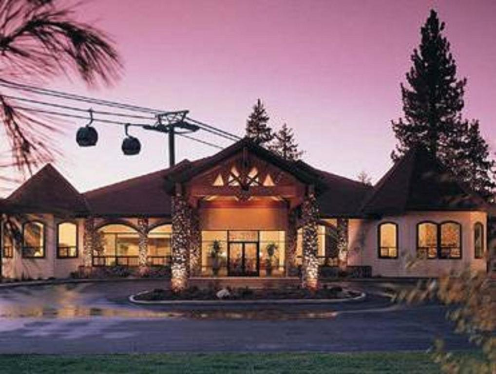 Lake Tahoe Resorts Christmas 2021 Forest Suites Resort At The Heavenly Village South Lake Tahoe Updated 2021 Prices