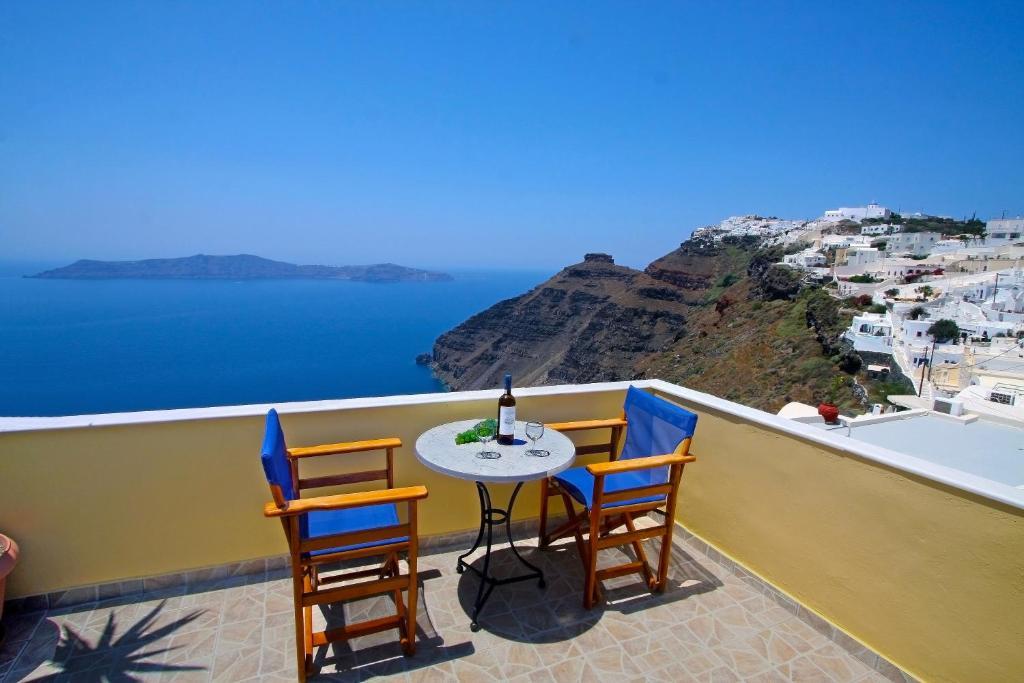Un balcón o terraza de Hotel Mylos