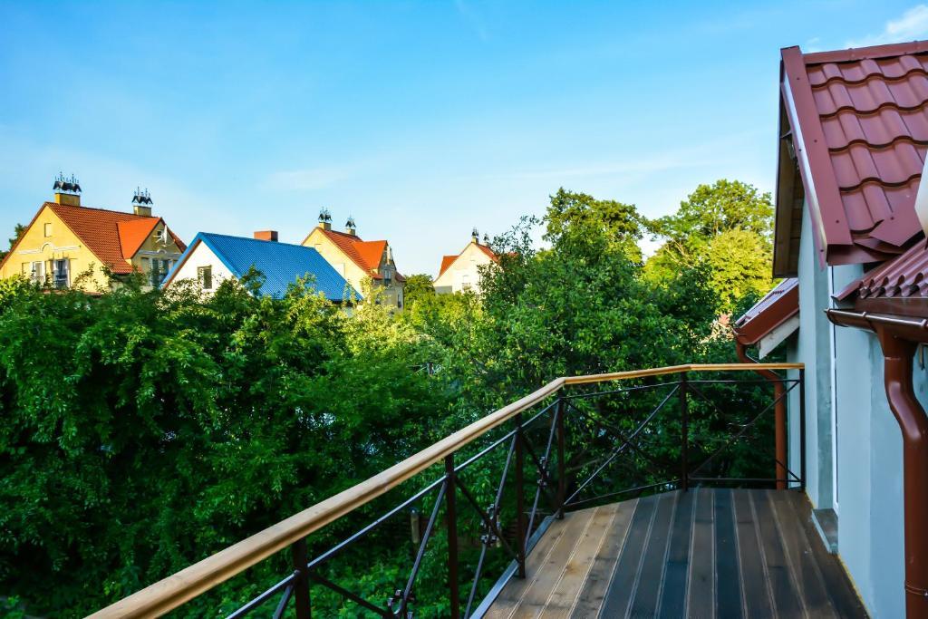 A balcony or terrace at Мини-гостиница на Куршской Косе п.Рыбачий