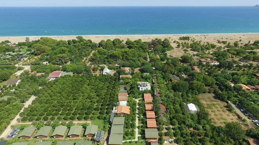 A bird's-eye view of Secret Garden Hotel & Bungalows