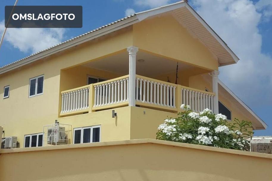 Uma varanda ou terraço em Villa Mila