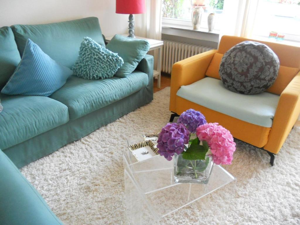 A seating area at Ferienwohnung in Bonn