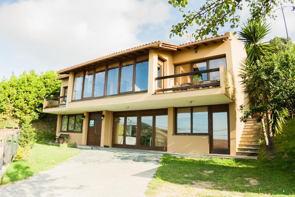 Ferrol Surf & Yoga House