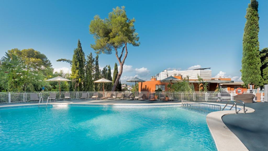 The swimming pool at or near Hesperia Ciudad de Mallorca