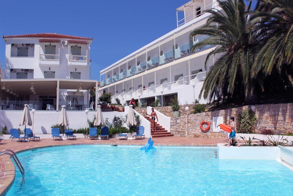 The swimming pool at or near Paradise Hotel