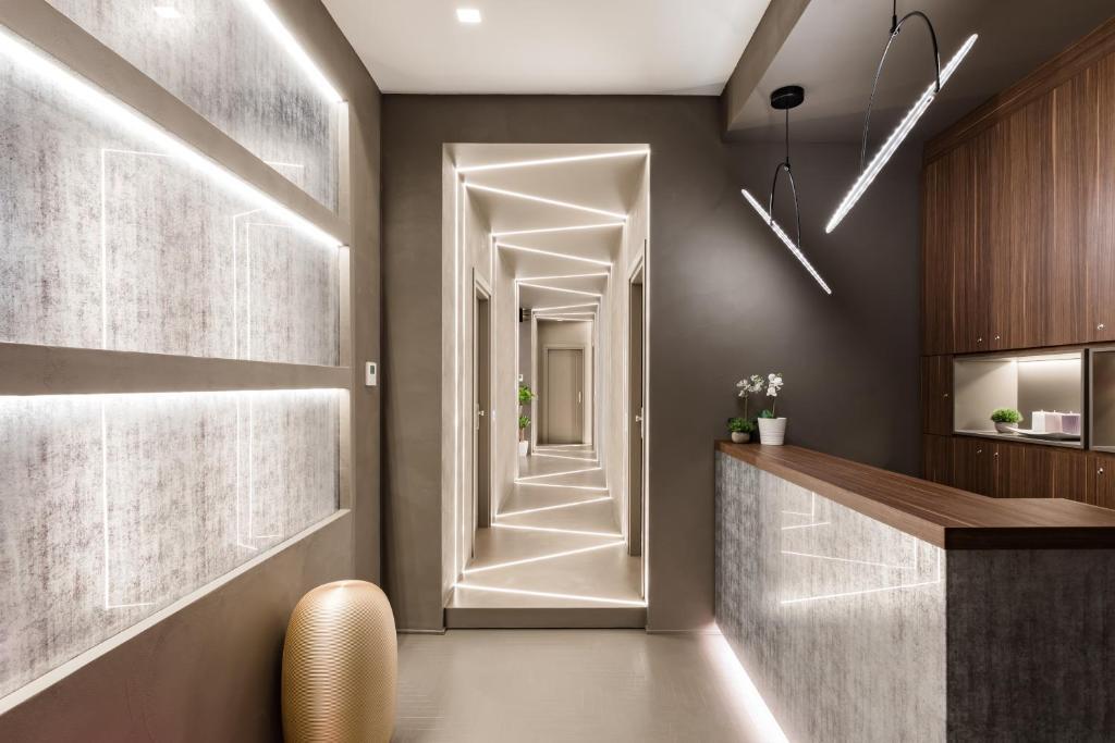 Hall ou réception de l'établissement A World Aparts - Barberini Boutique Hotel