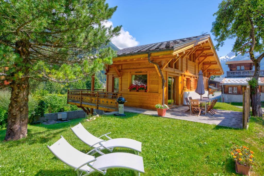 Grand Chalet neuf vallée Chamonix 10 personnes