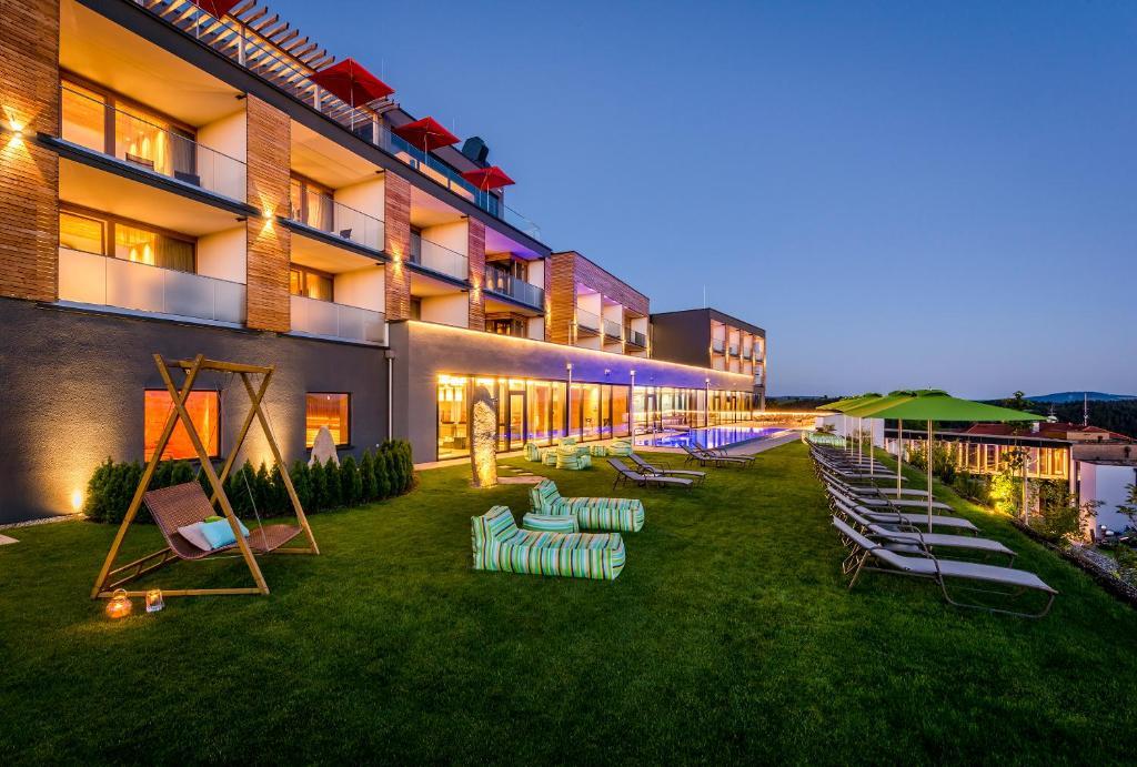 Huttenhof - Wellnesshotel & Luxus-Bergchalets Grainet, Germany