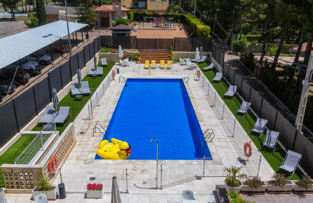 A view of the pool at Hotel Marivella or nearby