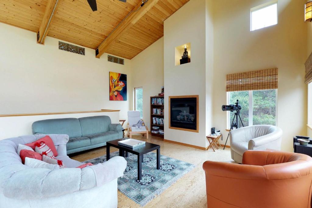 Modern Beach Cottage Westport Wa Booking Com