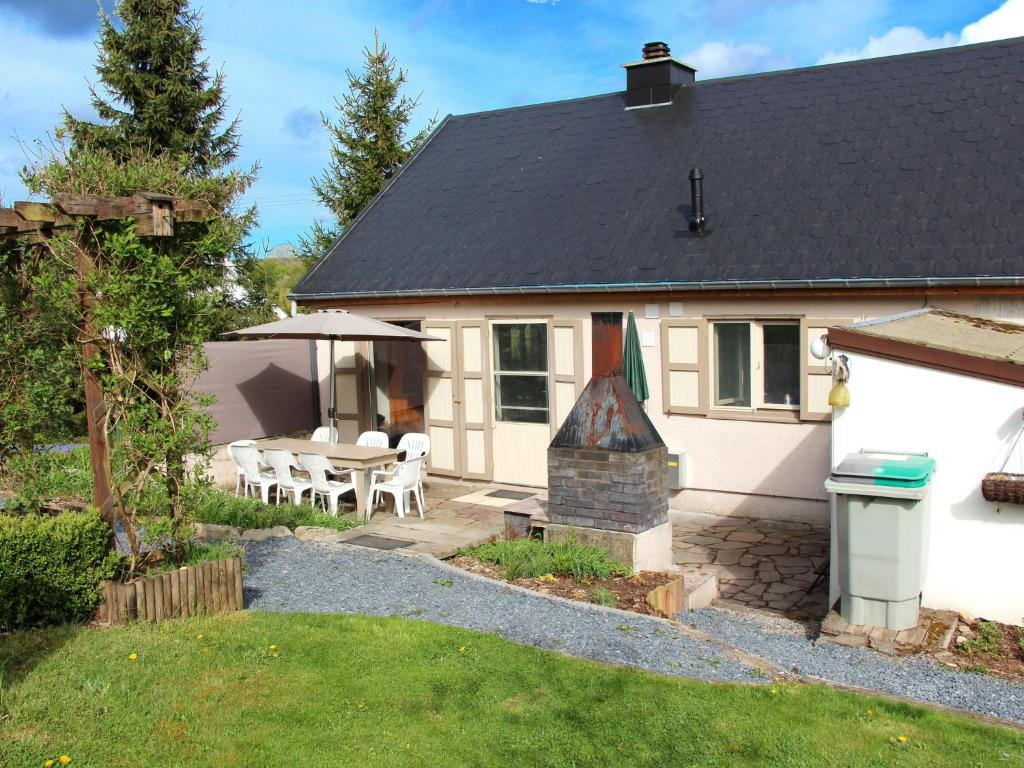 Modern Holiday Home with Private Garden in Tenneville