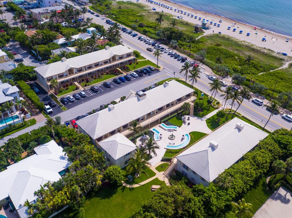 A bird's-eye view of The Dover House Resort