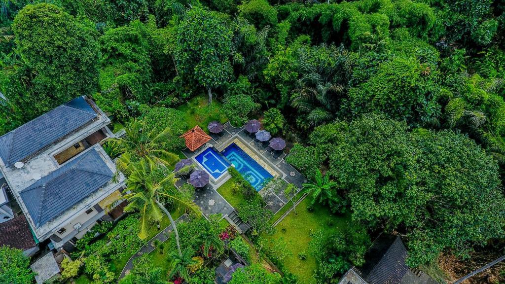 Vue panoramique sur l'établissement Alas Petulu Villa Resort and Spa