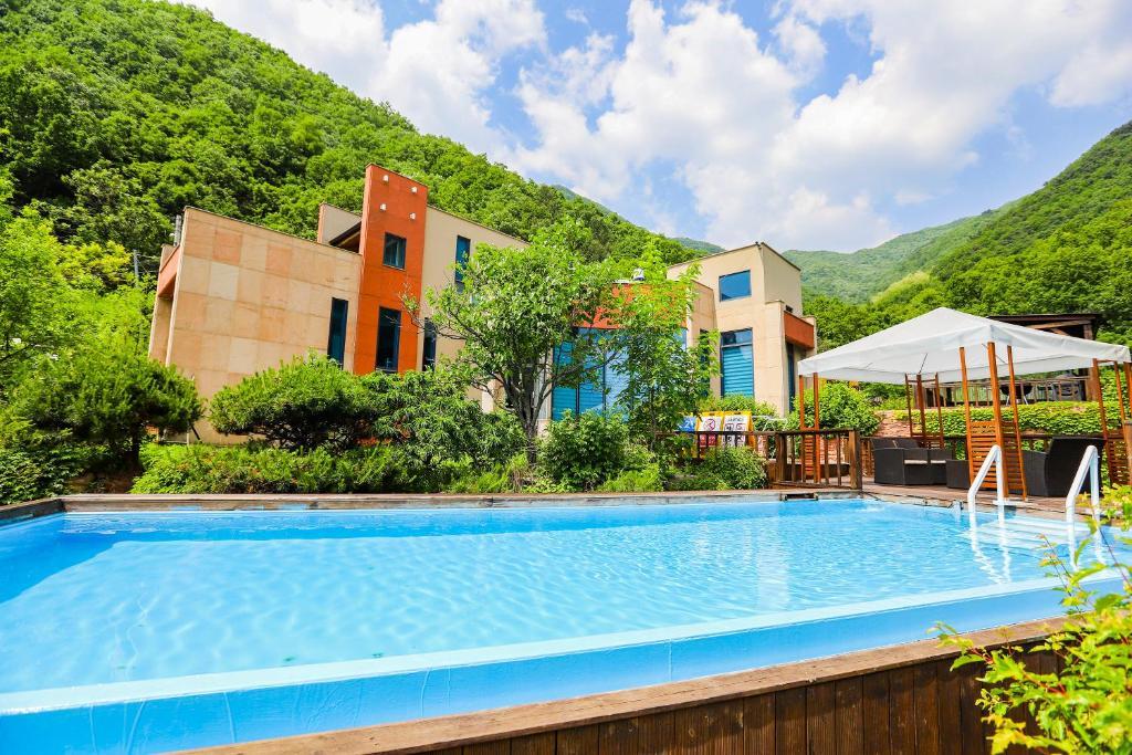 Penatess Pool Villa