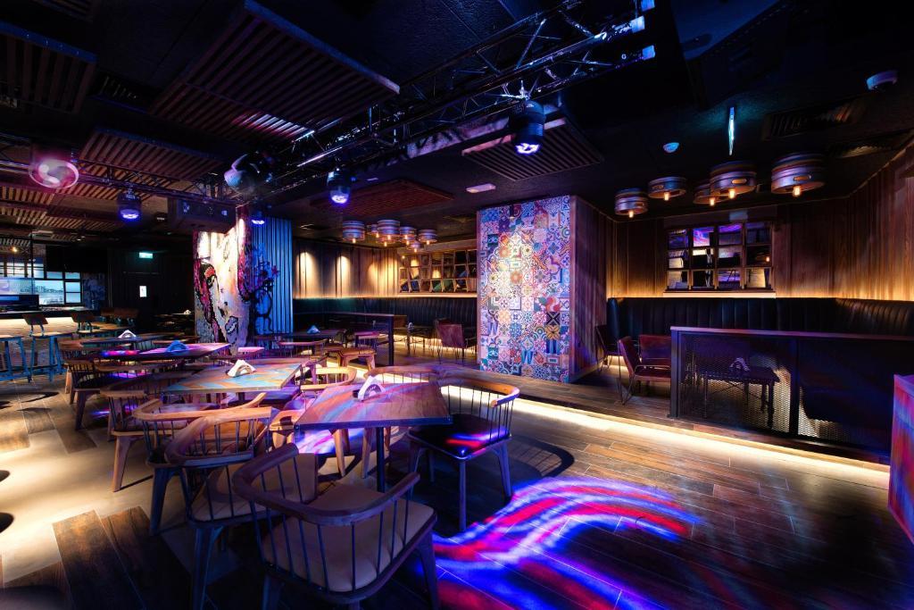 شقق فندقية Hyatt Place Dubai Al Rigga الإمارات دبي Booking Com