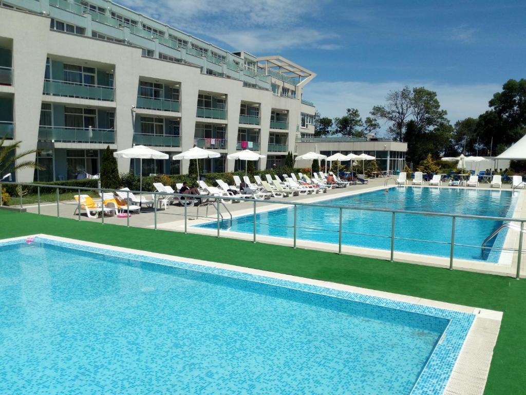 Апартаменти в комплекс Черноморска звезда, Созопол – Обновени цени 2020