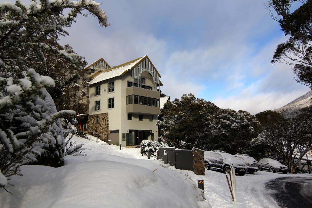 Boali Lodge Thredbo during the winter