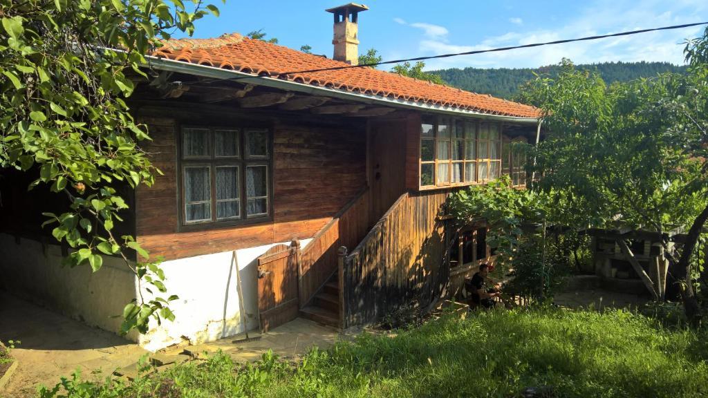 Baltova House
