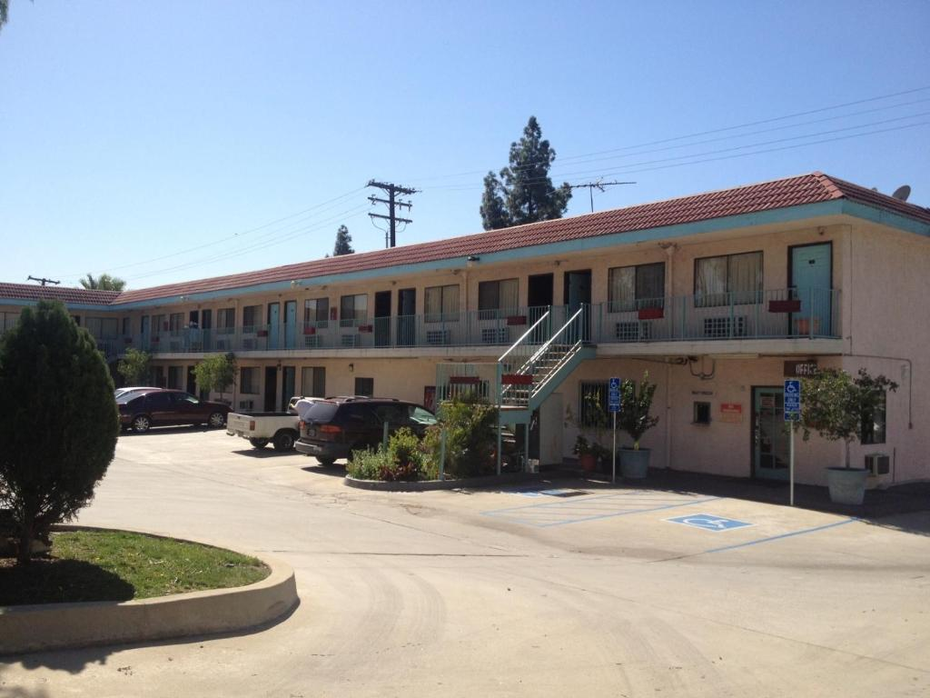 The All 8 Motel.