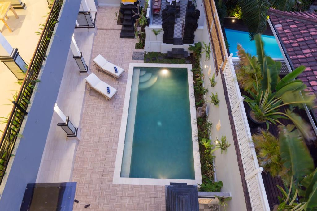 A view of the pool at Amerta Seminyak or nearby