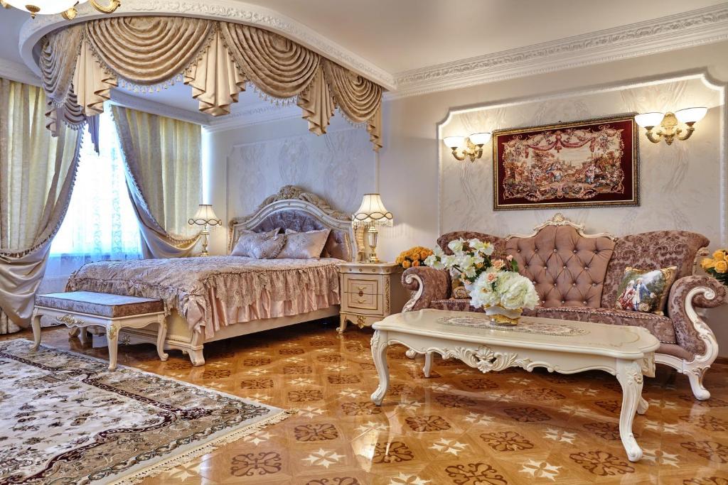 Гостиная зона в Бутик Отель Монарх
