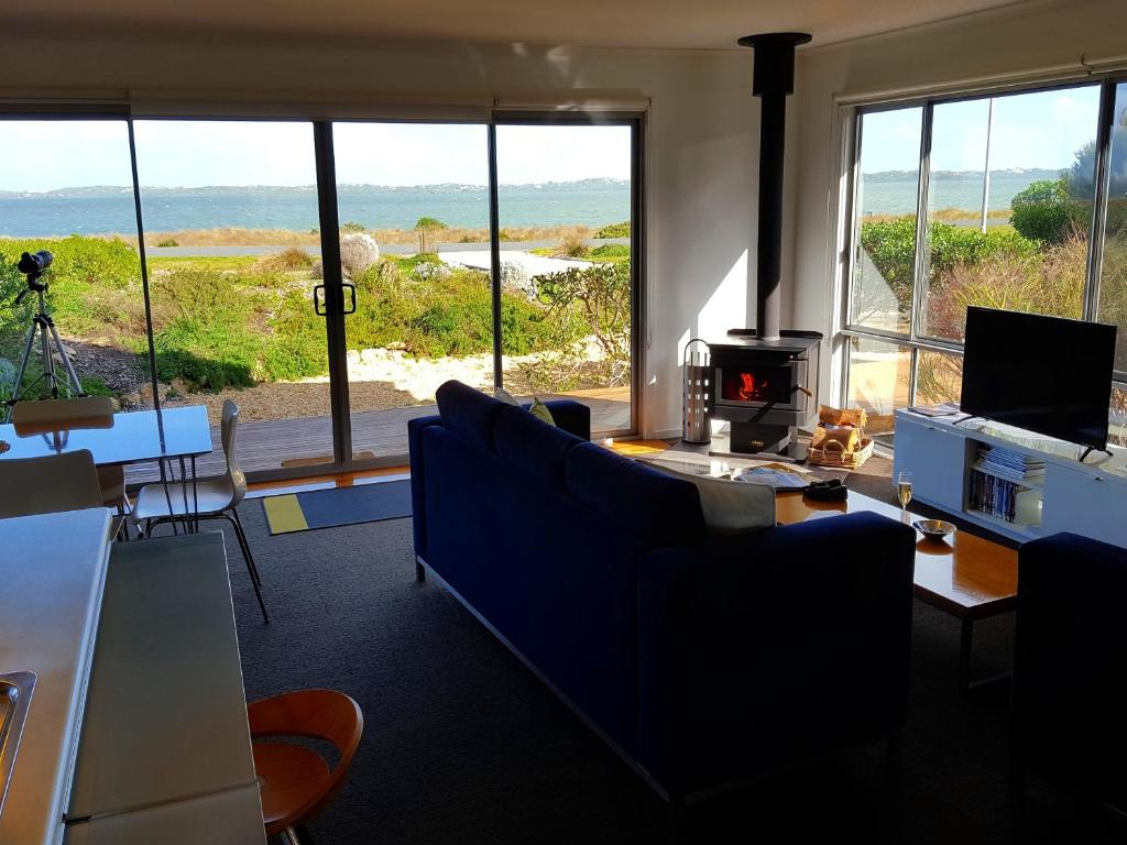 A seating area at Coorong Waterfront Retreat
