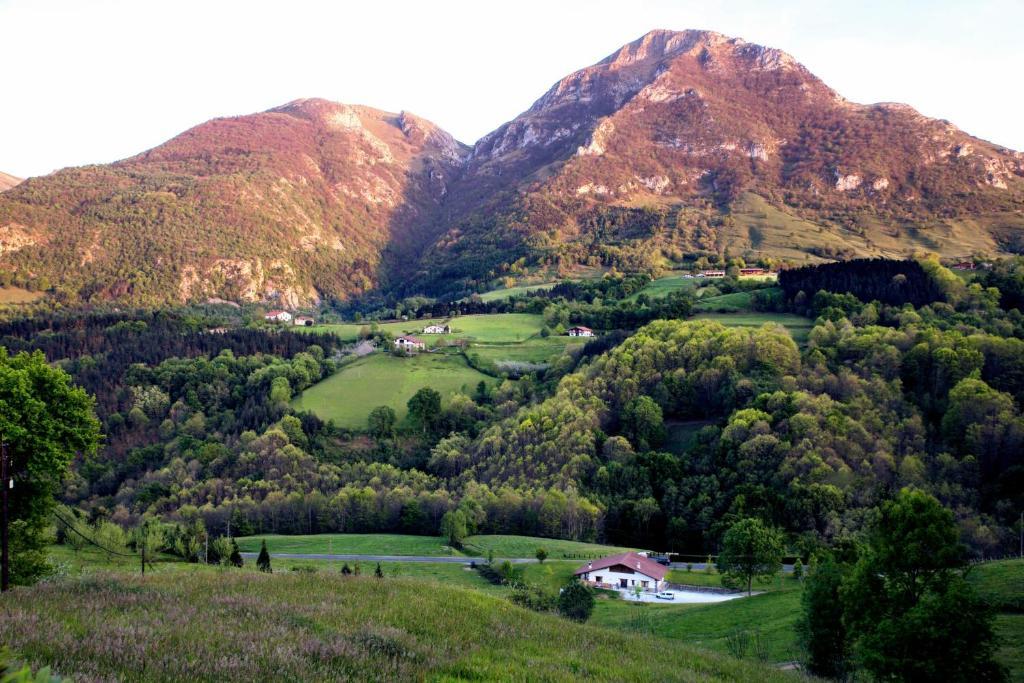 Eguzkitze Alojamiento Rural
