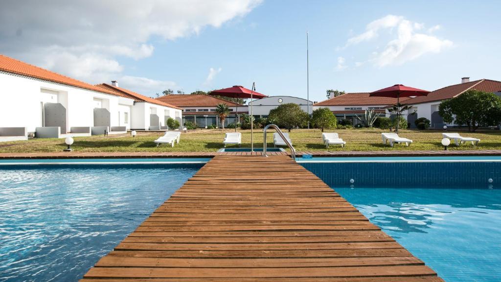 A piscina localizada em Hotel Santa Maria ou nos arredores