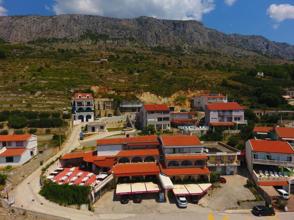 Villa Ljetni San Omis, Croatia