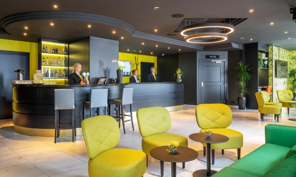 Lobby eller resepsjon på Thon Hotel Moldefjord