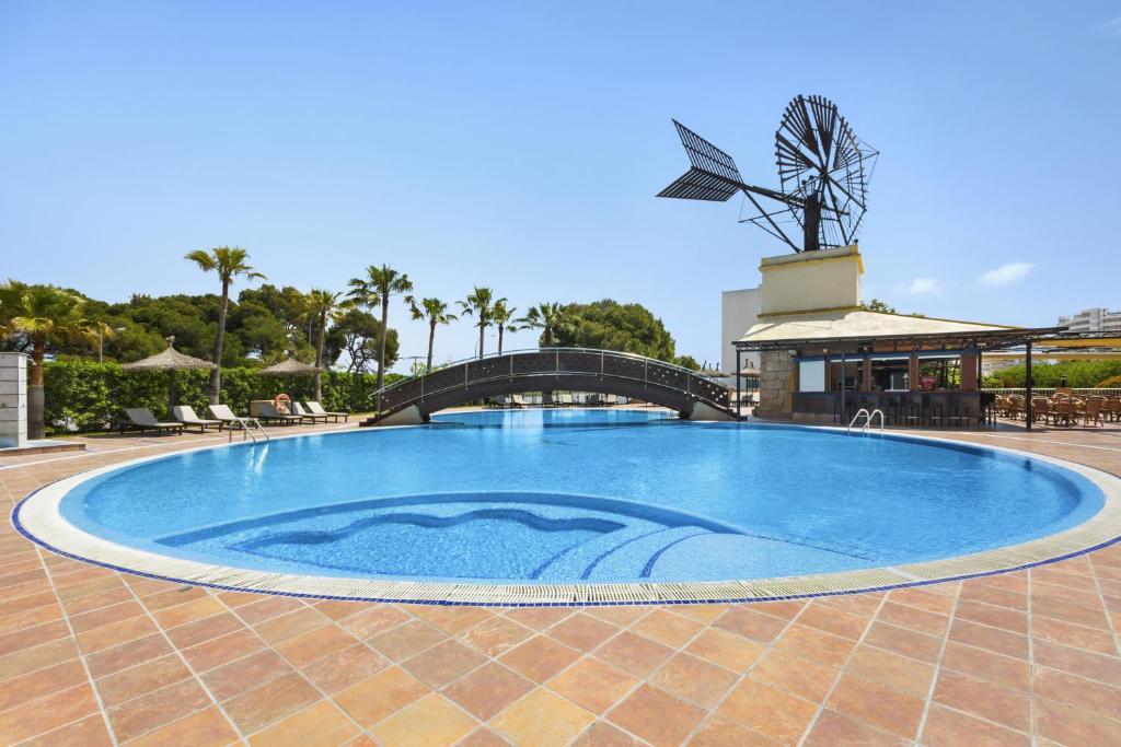 Het zwembad bij of vlak bij THB El Cid - Adults Only