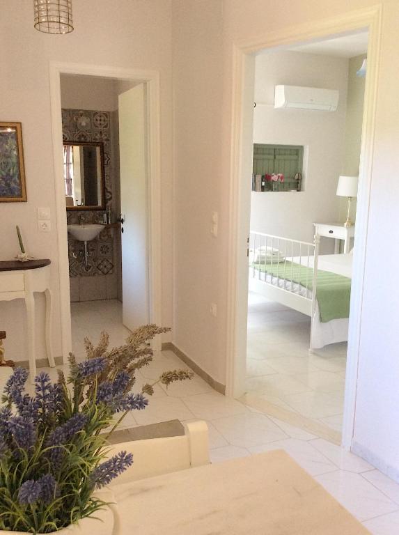Kefalonia Apartments 2 Bedroom Apartment In Orchard Cute Veranda Ground Floor Spartia Updated 2021 Prices