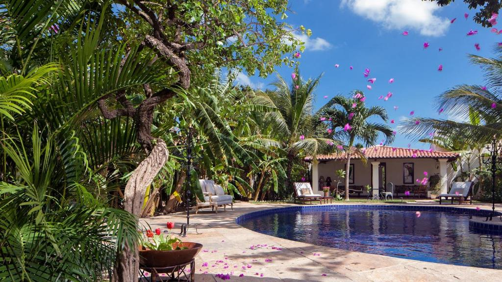 The swimming pool at or near Casa de São José Hotel de Charme