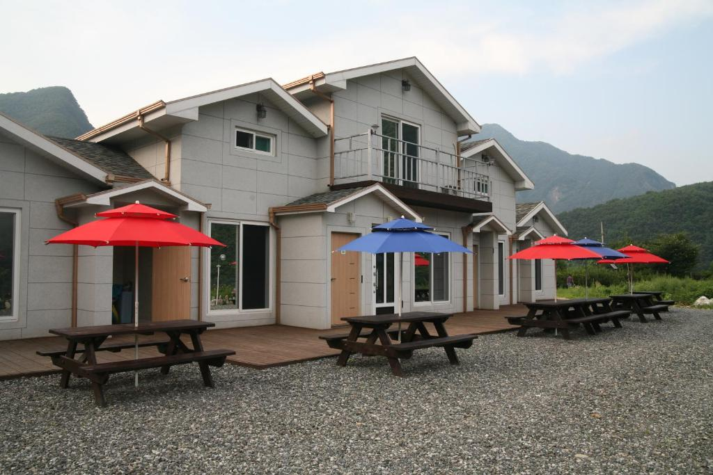 Guest Houses In Chindŭng
