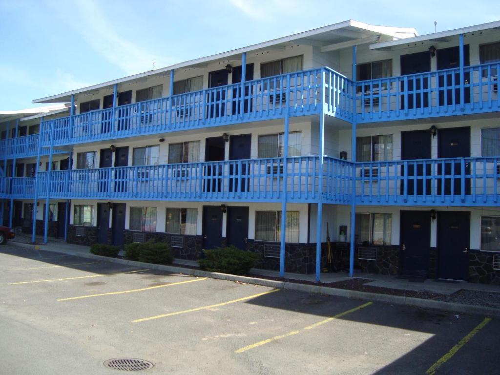 Willow Springs Motel
