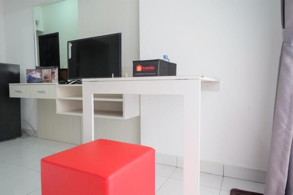 Studio Scandinavian Style Casa De Parco Apartment By Travelio Samporo Indonesia Booking Com,Best Tiny House Designs