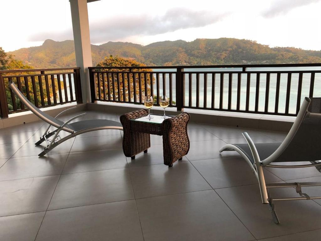 Ein Balkon oder eine Terrasse in der Unterkunft Sailfish Beach Villas