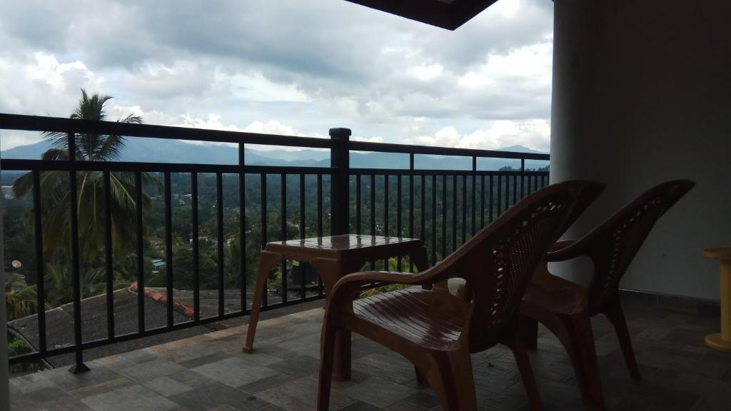 Ein Balkon oder eine Terrasse in der Unterkunft Dreamscape home stay