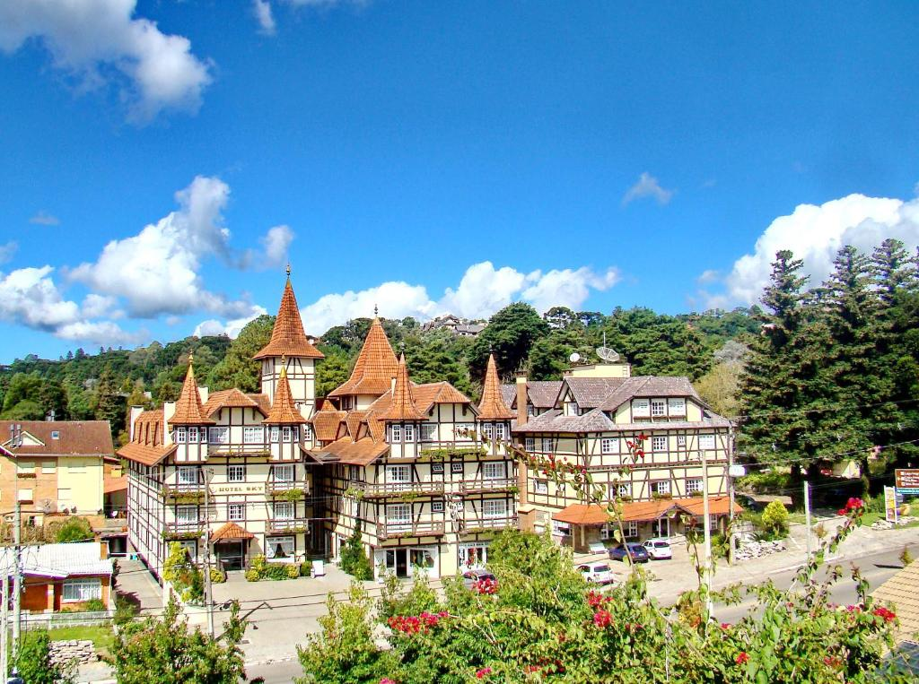 A bird's-eye view of Hotel Sky Gramado