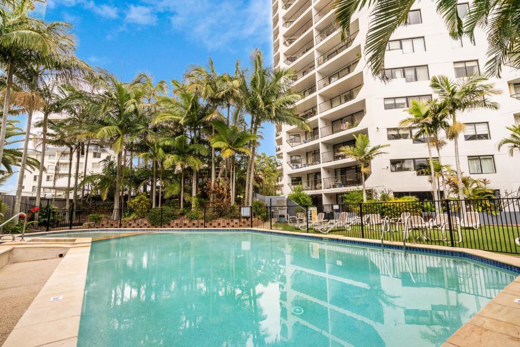 The swimming pool at or near Horizons Holiday Apartments
