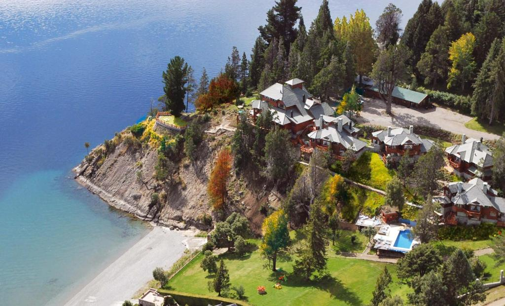 A bird's-eye view of Charming Luxury Lodge & Private Spa
