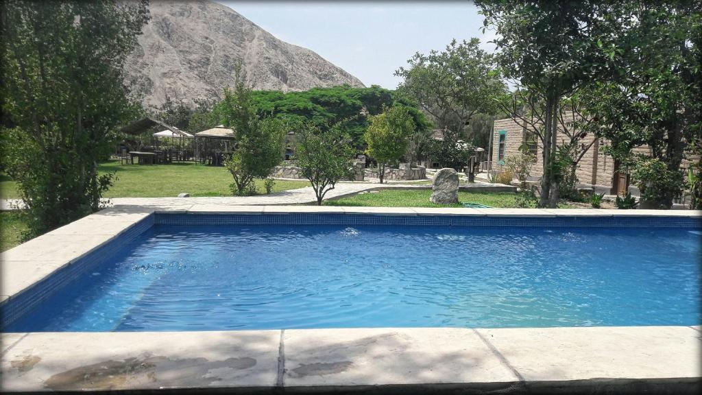 The swimming pool at or close to Refugio de Santiago Ecolodge