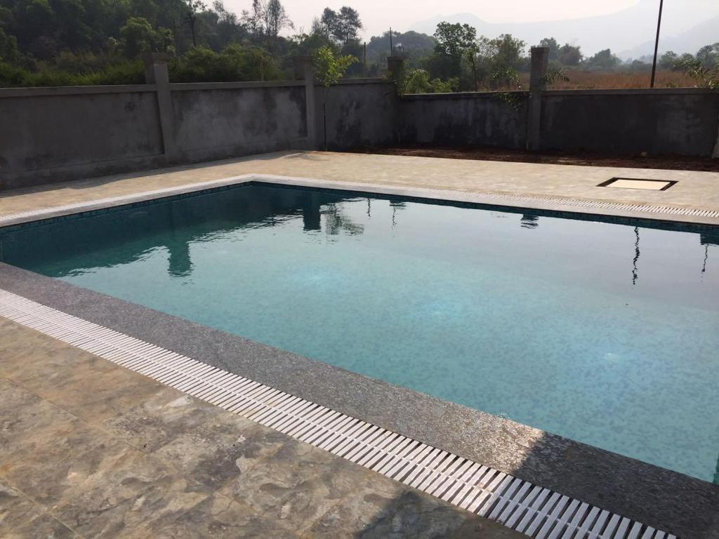 3bhk Ac Bungalow With Swimming Pool White House Manmād India Booking Com