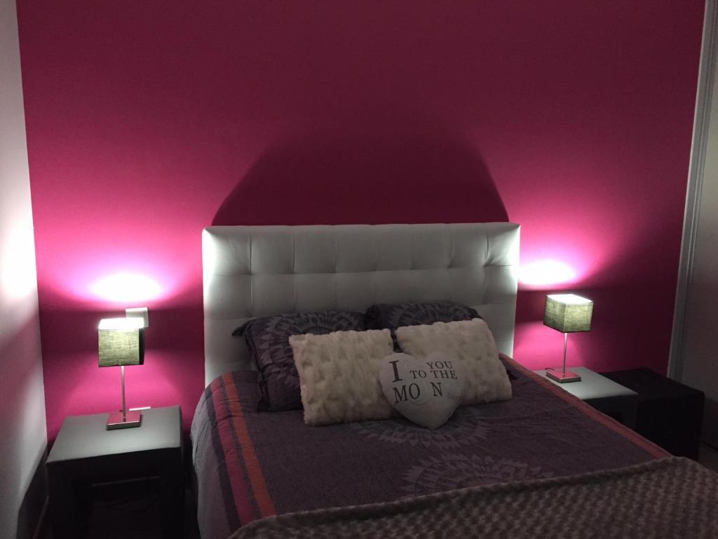 مبيت وإفطار La chambre rose (فرنسا ماكون) - Booking.com