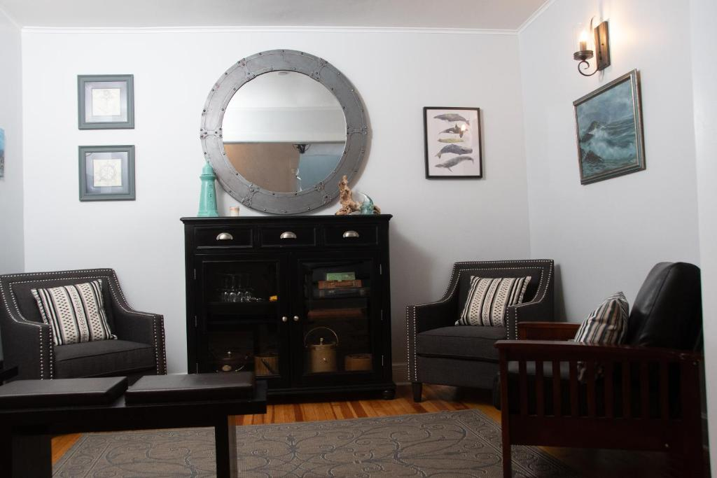 A seating area at The Ocean Bay House