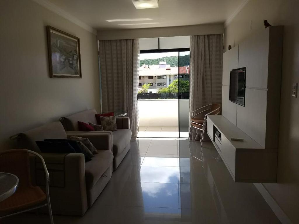 Apartamento 207, Edificio Kaluy